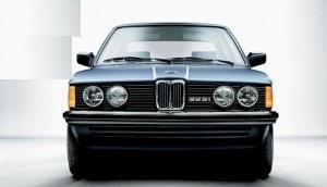 Cati litri de ulei intra in motorul unui BMW seria 3 E30 323 i