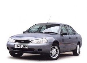 Cat ulei intra in motorul si baie Ford Mondeo 1996-2000
