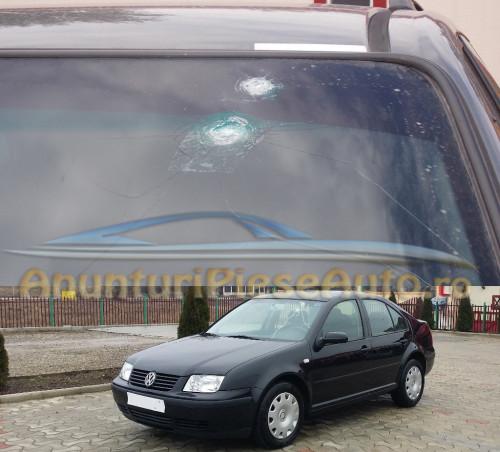 Schimba parbriz spart la Volkswagen Bora