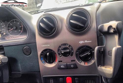 Imagini bord Alfa Romeo 145