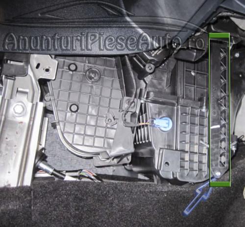 Unde este localizat filtru de polen Ford Fiesta